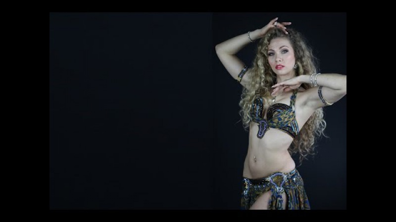 Sensual oriental Baladi - Bellydancer Romy Mimus