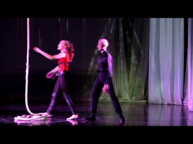Суркова Елизавета и Григорьев Максим - Воздушная гимнастка на корд де парель «Под дождем»