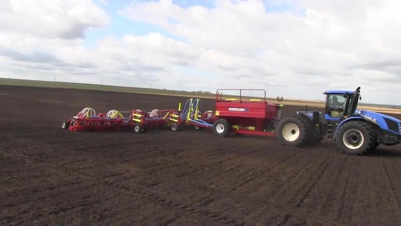 Трактор New Holland Дисковая сеялка AGRATOR DISK-20000 посевная ПК Агратор