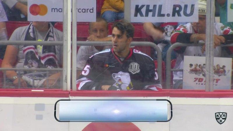 Моменты из матчей КХЛ сезона 17/18 • Удаления. Ник Бэйлен (Трактор) и Франсис Паре (Автомобилист) получили по 2 минуты за грубос