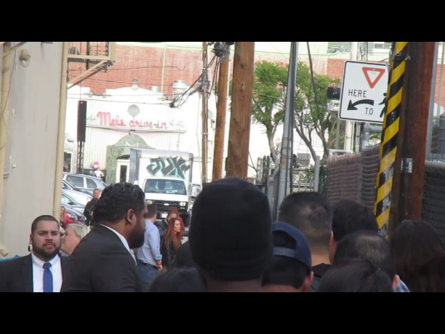 Jensen Ackles not too thrill to see autograph dealers waiting outside of Jimmy Kimmel Live studio