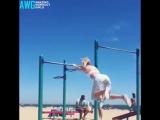 Умничка спортсменочка тренируется  // STRONG DIVISION