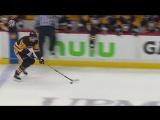 Malkin burns the Flyers right out of the box Малкин забросил 1-ю шайбу в розыгрыше Кубка Стэнли после отличного прохода