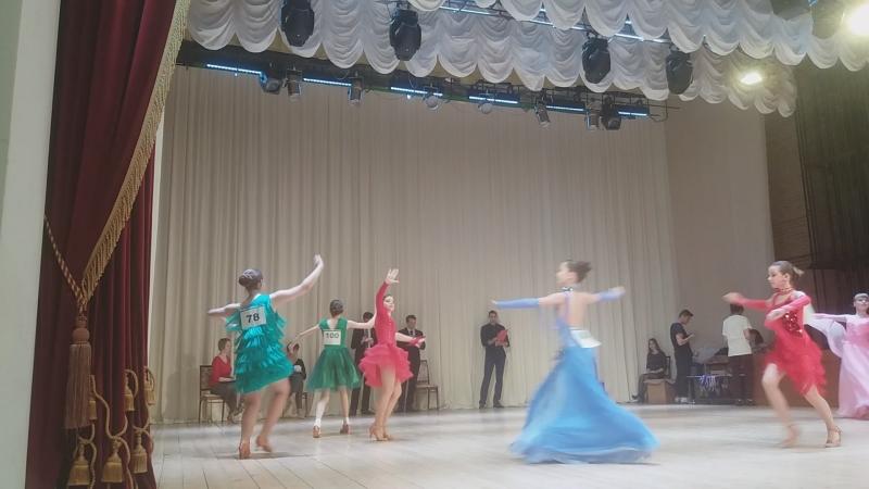 Капелька2018юниоры1стандартva-danceчистополь