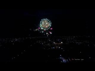 Салют и факельное шествие в Изюме на 9 мая с квадрокоптера