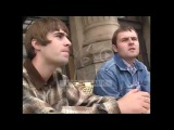 Oasis - Liam Gallagher and Alan White (Interview, Paris 1995)