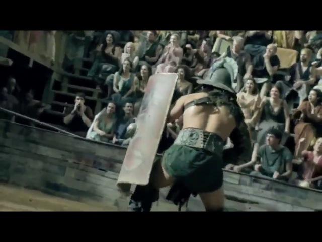 Крикс Гладиатор против Афкта   The first battle in the arena gladiator Crixus vs Afect