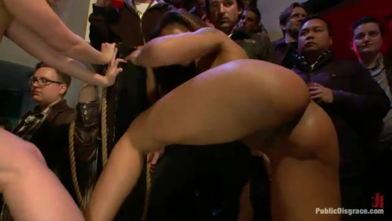Публичное Унижение Matt Williams Cherry Torn Skin Diamond Xander Corvus BDSM Public Fisting Bondage Domination