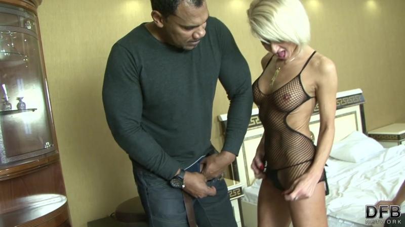 Трахает жену при муже Cathie - Can I watch, Please 720p hd porno Cuckold, MILF, IR, Big Black Cock, Anal