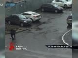 Искал, кого застрелить? Житель Калининского района прогулялся по двору дома с ружьем.