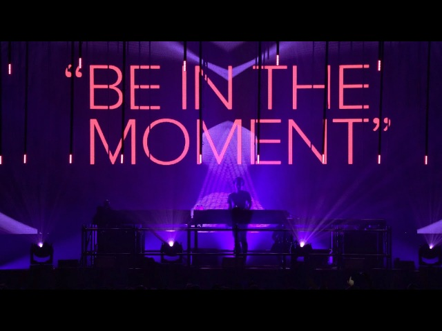 Armin van Buuren live at A State Of Trance 850 Jaarbeurs Utrecht The Netherlands Warm Up Set