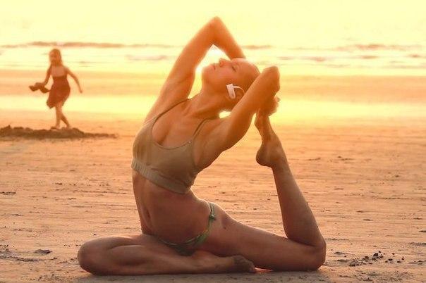 12 законов йоги, которые не позволят людям управлять вами, изображение №1