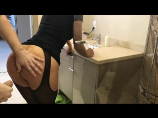 Step in shower and cum on shes