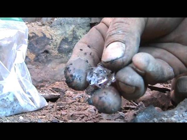 Beautiful Herkimer Diamond Druze Pocket
