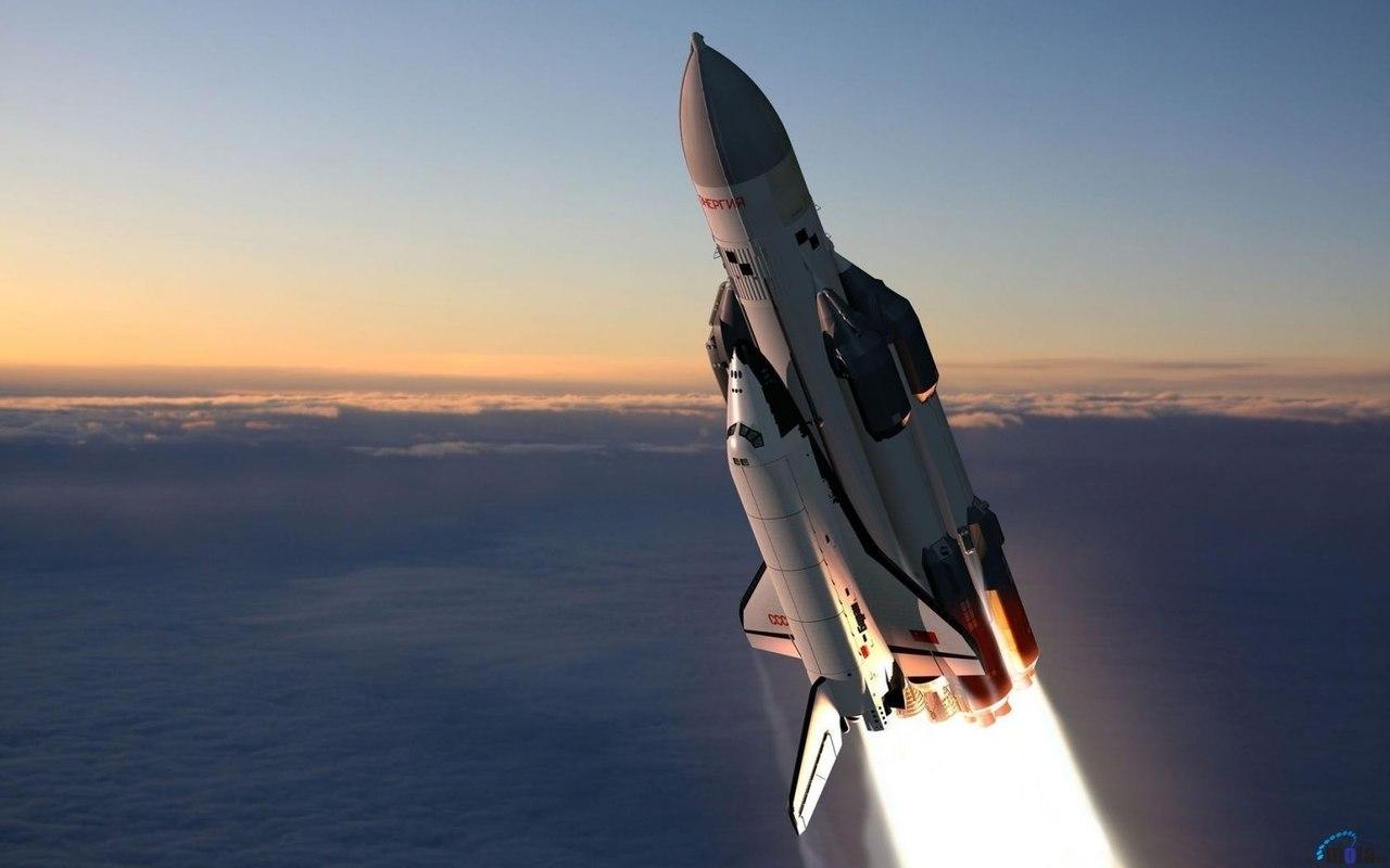 Что отваливается у ракеты, когда она взлетает?