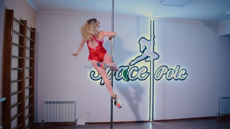 Masha Danceova PoleDance