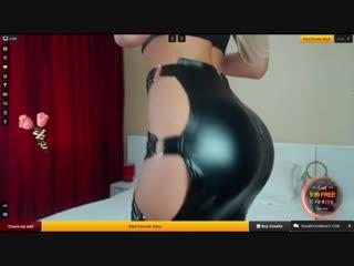 Rosalingoddess роскошная блондинка с большой попой в секси юбке livejasmin latex webcam