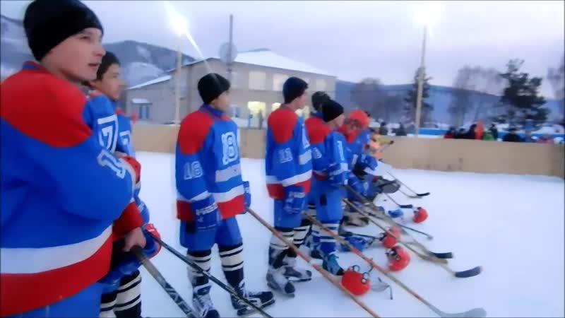 Иҫке Монасип урта мәктәбендә хоккей сезонын асыу