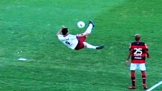 Fluminense vence o Flamengo com golaço de Fred  - 30/09/2012 - Campeonato Brasileiro