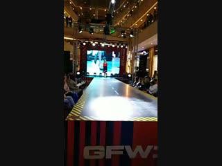 GALERIA FASHION WEEK. URBAN JUNGLE. GUESS/TOMMY HILFIGER/TOM TAILOR/MARC O'POLO#fashion #moda #s