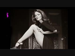 Hollies - long cool woman in a black dress (w_ lyrics)