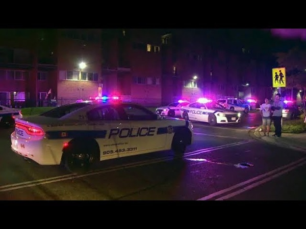 Teen killed, 5 others wounded in Mississauga shooting