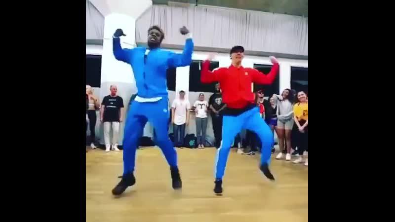 Как ваши выходные ?  Вот наши 😉😉 настроение танцы aporro украшения москва www.instagram.com/p/B2cWCwclCPr/