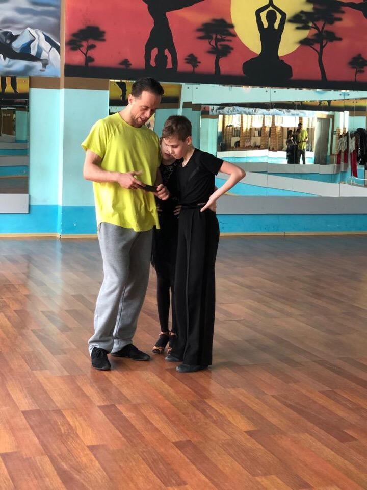 Клуб мелодия москва бальные танцы клубы бары в москве чтобы потанцевать