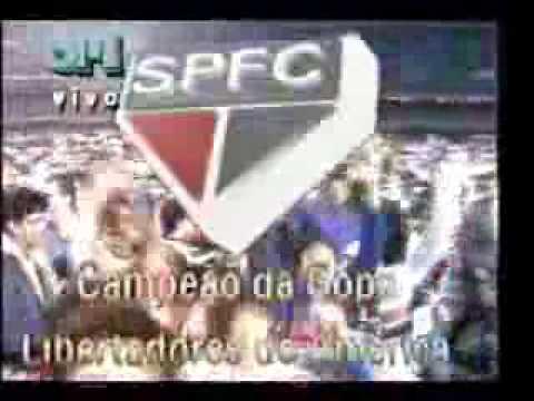 Galvão Bueno chorando com a conquista do São Paulo