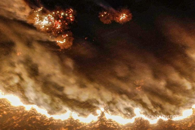 Грандиозный пожар под Пинском засняли с квадрокоптера. Вам надо это видеть