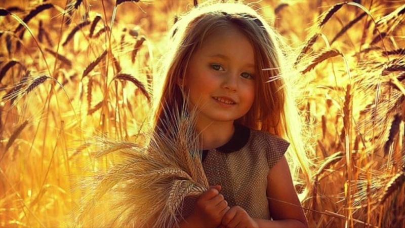 Поэма Хорошие люди похожи на теплое солнце Ирина Самарина Лабиринт