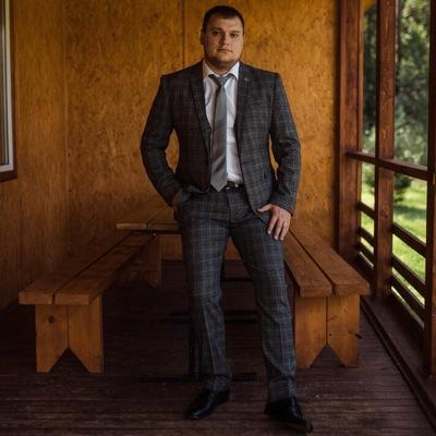 Денис Шестак