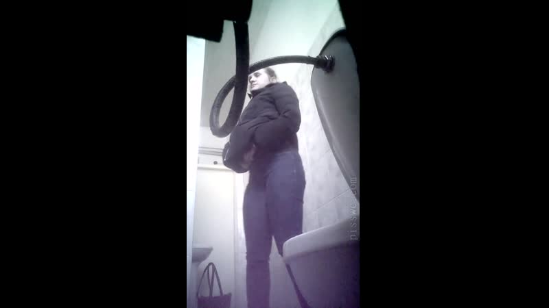 Pisswc Скрытая камера в женских туалетах