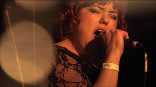 """Hannah Williams & the Affirmations  - """"Tame in the water"""" - Live in Paris"""