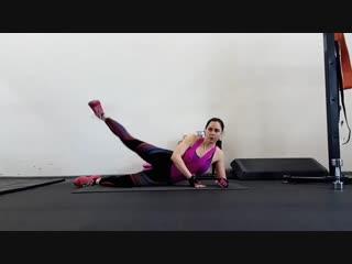 Топ 5 упражнений  на коврике