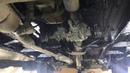 Вседорожник ВАЗ НИВА один из этапов полной шумки работы с внешней стороны шви и антикор днища