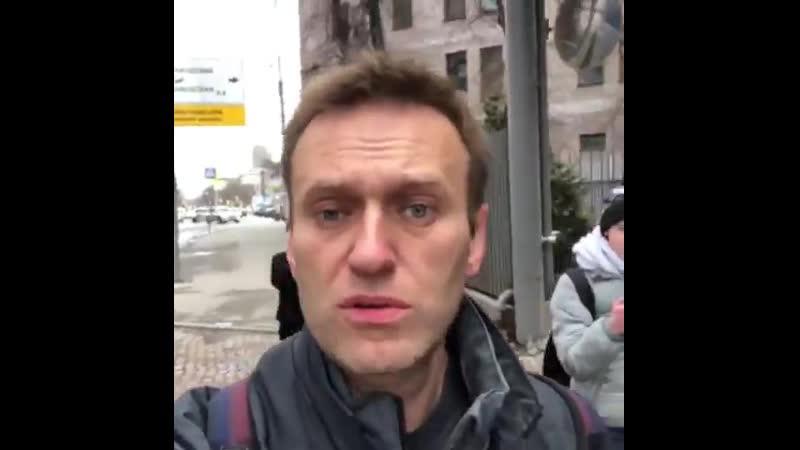 Олёшку начала преследовать популярность и сзади идущих каких то 2 %