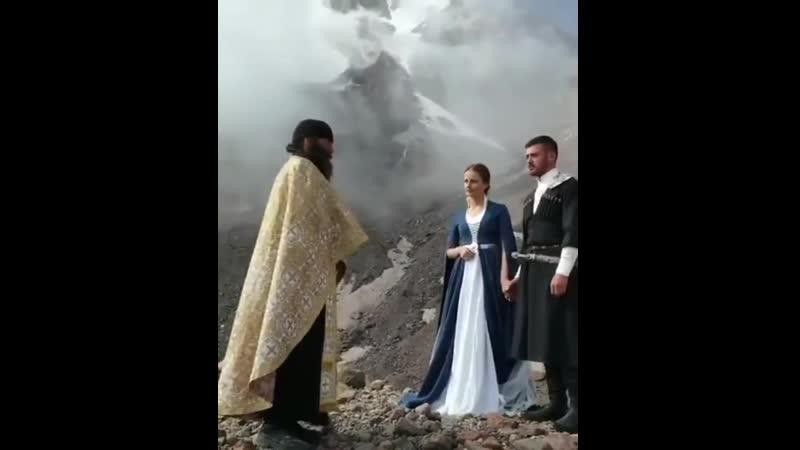 A Georgian wedding at 4100m(≈2.55miles). Near Mount Kazbek
