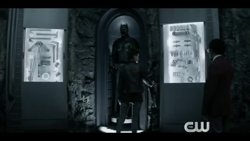 Бэтвумен и афроамериканец