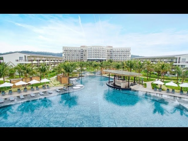 Sol Beach House Phu Quoc Official Hotel Video