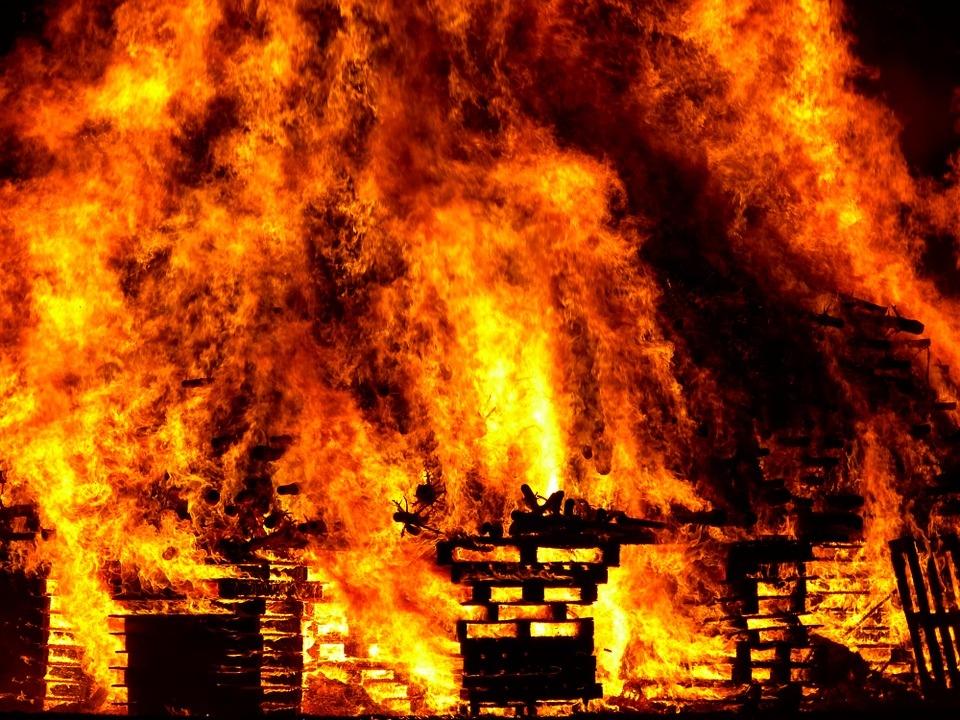 Волжск - один из лидеров по количеству пожаров за неделю в Марий Эл