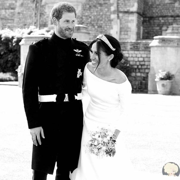 Принц Гарри и Меган Маркл опубликовали новое свадебное фото в честь годовщины помолвки