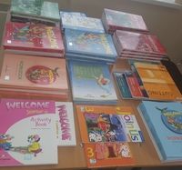 Подготовка к новому учебному году в самом разгаре! Пришла первая партия учебников! #nota_bene_lbt #иностранныеязыкилабытнанги