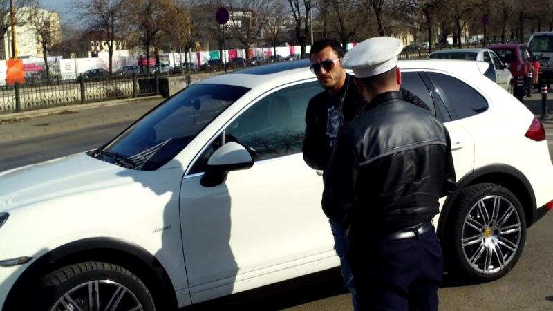 A parcat maşina scumpă pe zebră şi a luat amendă pe loc - Curaj.TV