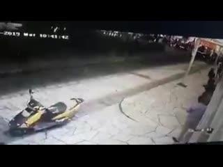 Мексиканского мэра прокатили на пикапе