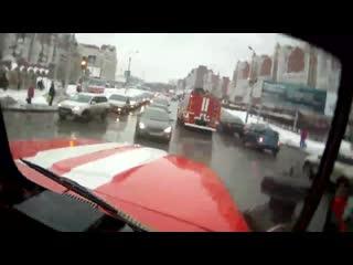 Спасатели. Падение крана в Омске 2015