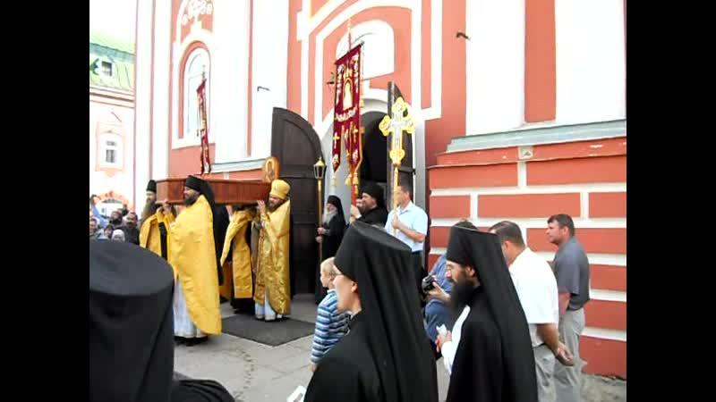 Крестный ход с мощами прп.Феодора (6). Санаксарский монастырь (2011 г.)