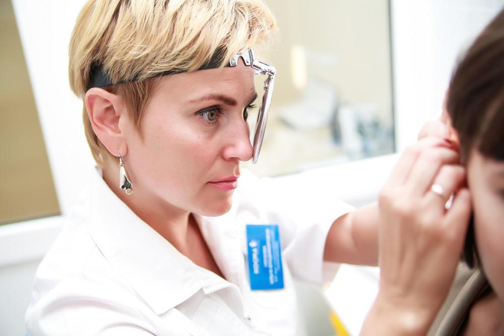 ЛОР-врач может проводить общую практику, предлагая лечение аллергии.