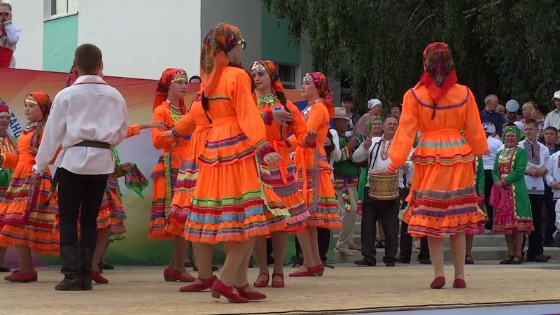 Марийский танец Радуют Амзибашевские Видео Хайбуллина Василия