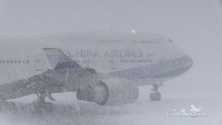 ついに再生200万回突破!!超絶!!猛吹雪の新千歳空港 China Airlines B747-400 離陸@A10 New Chit